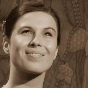 Anna | Frau Jaromirs